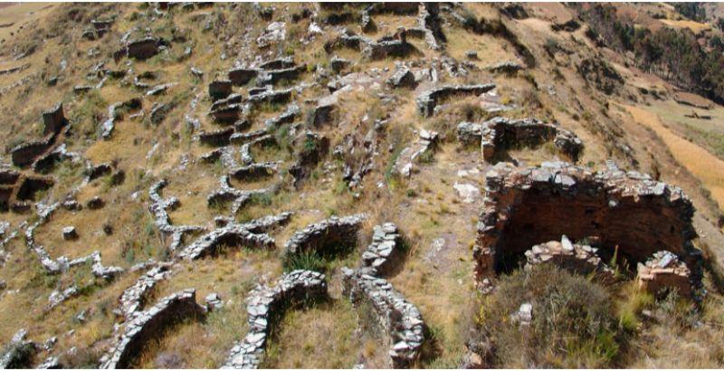 complejo-arqueologico-de-garu-o-yarowilca