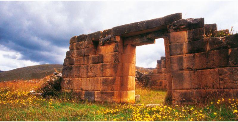 complejo-arqueologico-de-huanuco-pampa