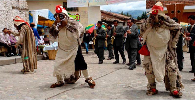 Danza la Huaconada